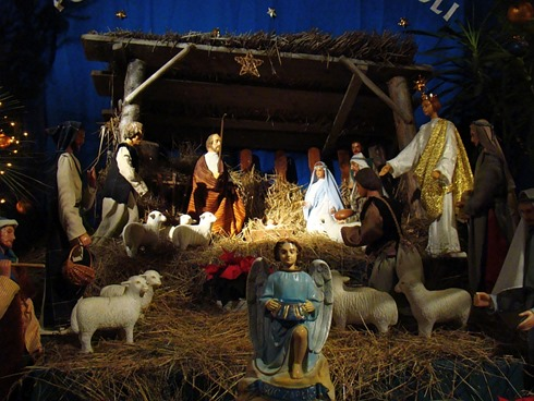04567_Christmas_nativity_scene_at_the_Franciscan_church_in_Sanok,_2010